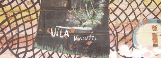 vila vanuatu mural t-shirt